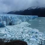 voir les nombreuses chutes de glace dans le lac est une activite contemplative bien reposante
