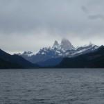 67 du cote nord du lac, vue carte postale sur le lago Desierto et le Fitz Roy