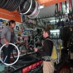41 J5- Cusco,  ¿ Tiene una nueva rueda por favor (Copy)