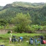 52- J20- Depart du bivouac dans le village de Huancapallac a 22km de  Huanuco