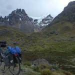 J22- km40 d'une étape absolument mythique, seuls au monde sur une piste au pied des glaciers, á 4800m d'altitude.
